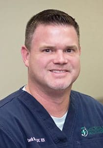 Chiropractor Essexville MI Mark Bailey